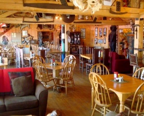 Gunflint Lodge bistro 4