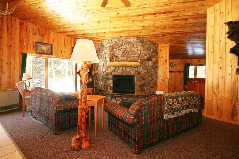 Gunflint Lodge Lake home living room 3