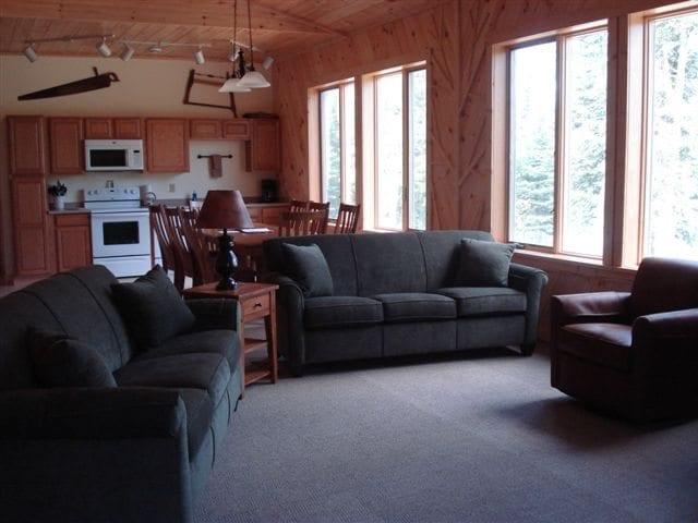 Gunflint Lodge cabin27004